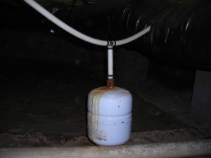 Raleigh Home Inspector discovers unsupported expansion tank